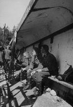 Посредине - Валлушек -  Май 1939