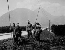 Прокладка телефонных  линий связи - 1939 год