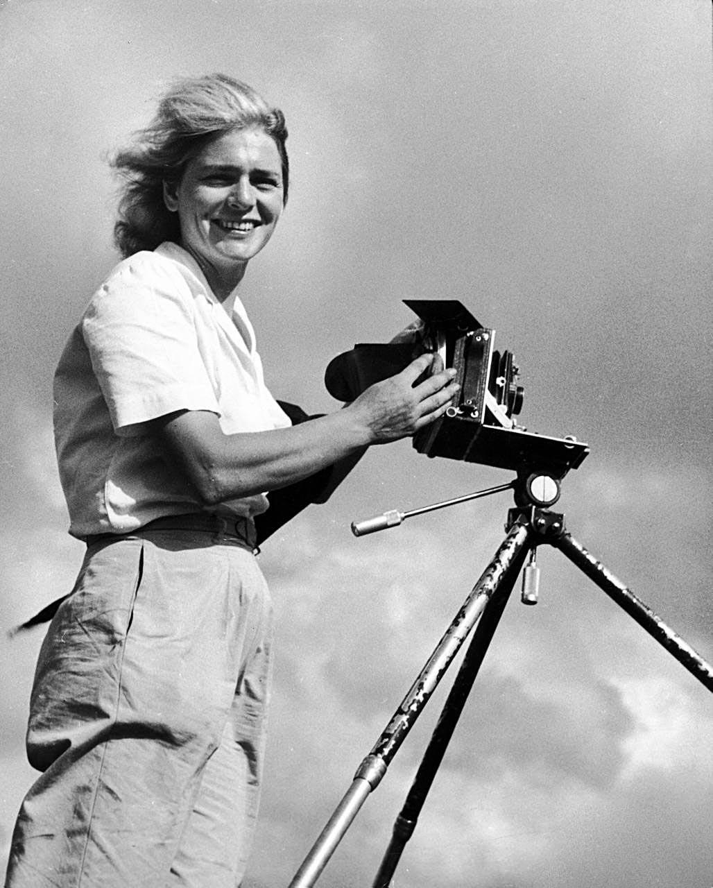 a description of margaret bourke as a famous photgrapher