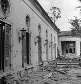 В саду  рейхсканцелярии, терраса Дипломатического зала, под которой перед войной  построили Форбункер