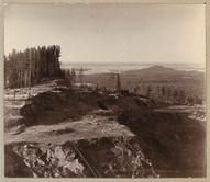 Часть разработки с лесной дачей. Вдали видна р. Тура. 1909